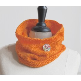 Snood tricoté à la main